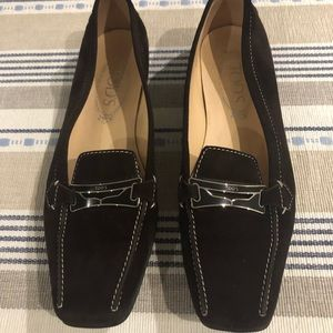 Tods slip on shoes